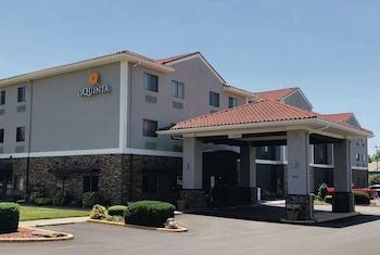 Hotel - La Quinta Inn & Suites by Wyndham Elizabethtown