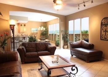 Standard Room, 2 Bedrooms, Partial Sea View
