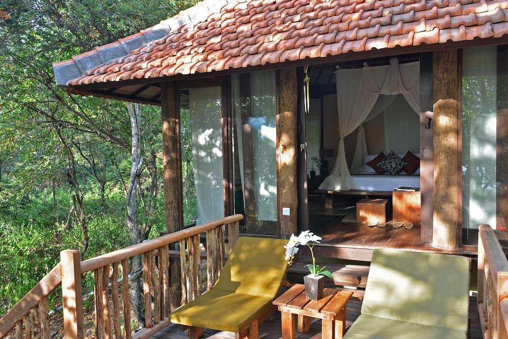 https://i.travelapi.com/hotels/2000000/1120000/1115100/1115093/1ff13abc_z.jpg