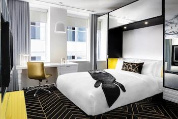 Cozy Room, Room, 1 Queen Bed, Non Smoking, View