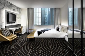Mega Room, Room, 1 King Bed, Non Smoking