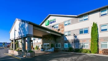 Holiday Inn Express & Suites Everett