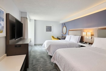 Room, 2 Double Beds, Accessible (Mobility & Hearing, Roll-In Shower)