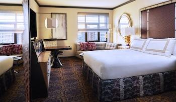 Deluxe Room, 1 King Bed (Skyline)