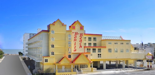 . Bonita Beach Hotel