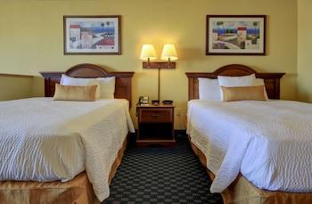 Guestroom at Bonita Beach Hotel in Ocean City