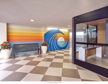 Interior Entrance at Henlopen Hotel in Rehoboth Beach