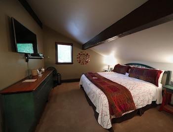 Premium Suite, 2 Bedrooms, Refrigerator, Garden Area