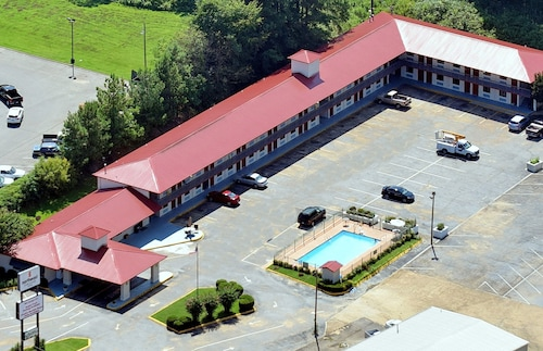 . Best Inn Booneville