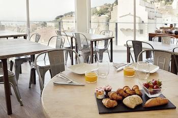 Dynamic Hotels Caldetes Barcelona - Breakfast Area  - #0