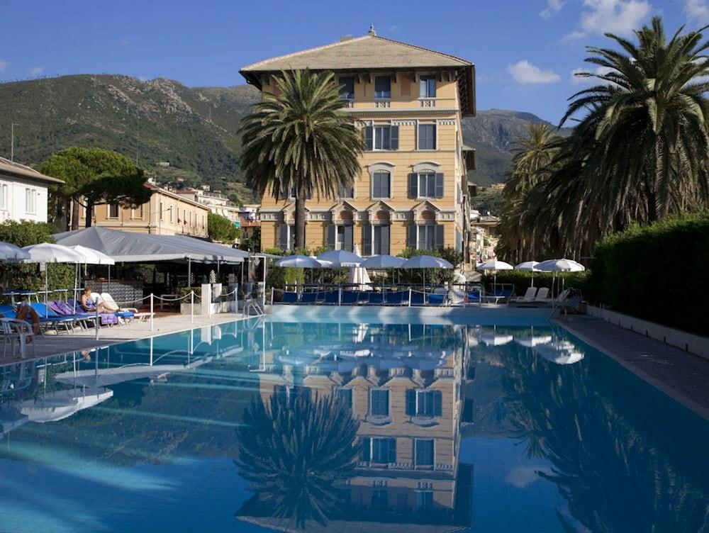 그랜드 호텔 아렌자노(Grand Hotel Arenzano) Hotel Image 0 - Featured Image