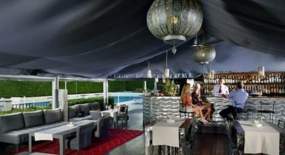 그랜드 호텔 아렌자노(Grand Hotel Arenzano) Hotel Image 20 - Poolside Bar