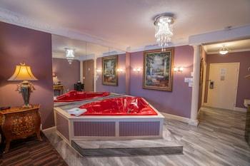 Crown Victorian Suite