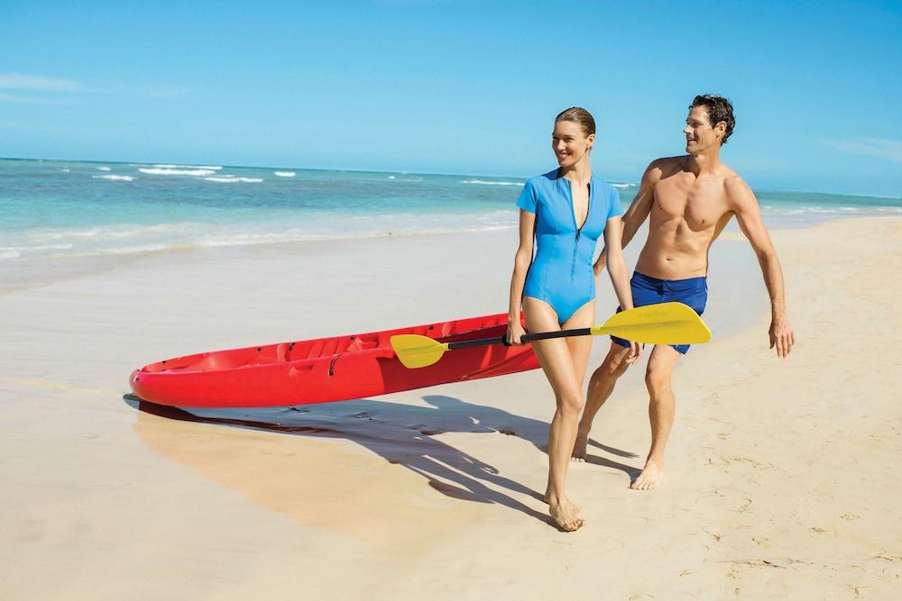 https://i.travelapi.com/hotels/2000000/1130000/1120500/1120449/a41740c8_z.jpg