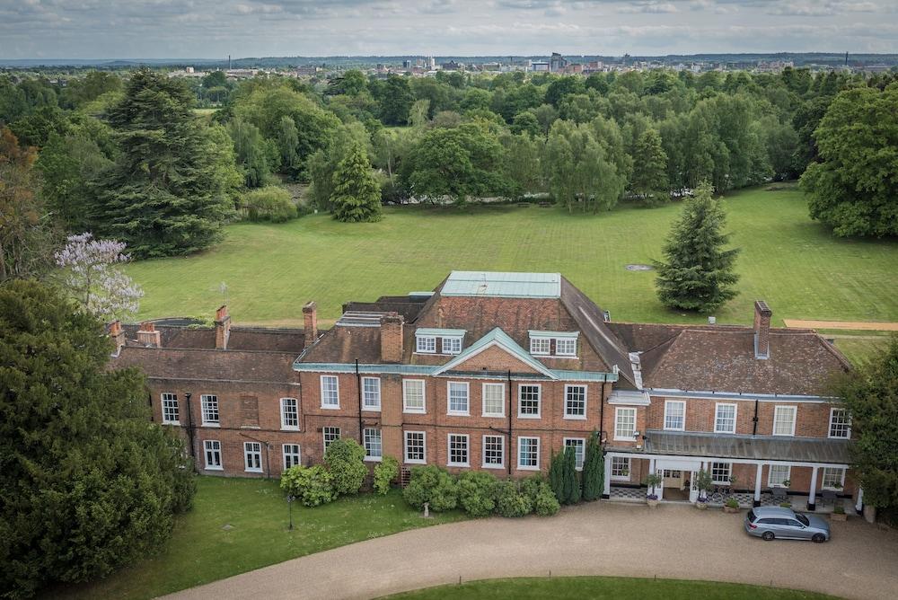스토크 플레이스 호텔(Stoke Place Hotel) Hotel Image 63 - Aerial View