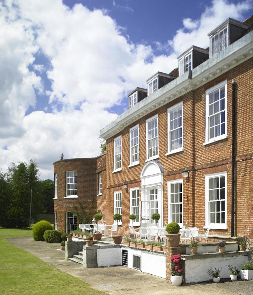 스토크 플레이스 호텔(Stoke Place Hotel) Hotel Image 62 - Exterior