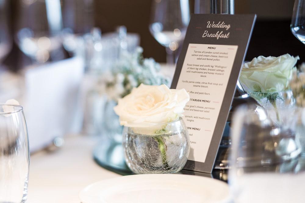 스토크 플레이스 호텔(Stoke Place Hotel) Hotel Image 47 - Indoor Wedding