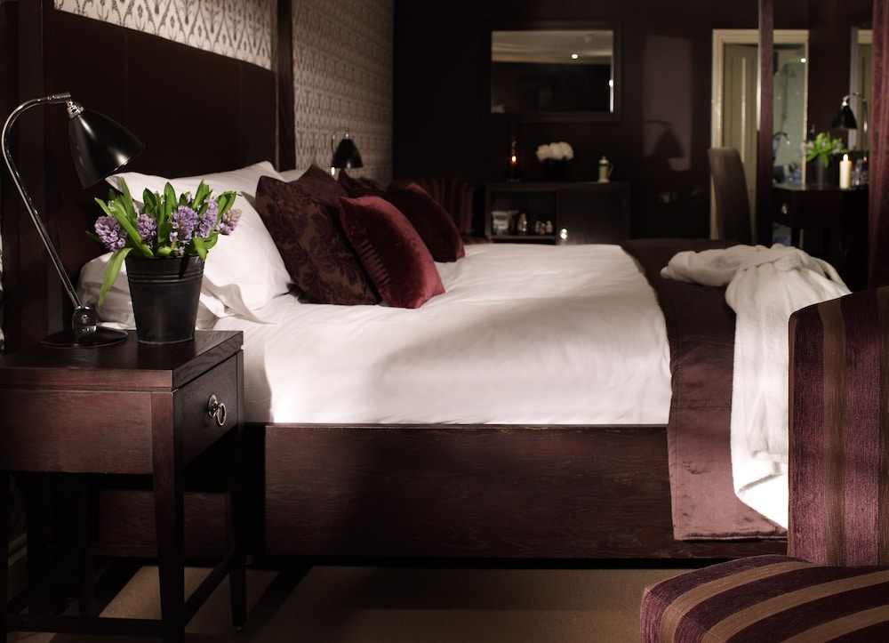 스토크 플레이스 호텔(Stoke Place Hotel) Hotel Image 2 - Guestroom