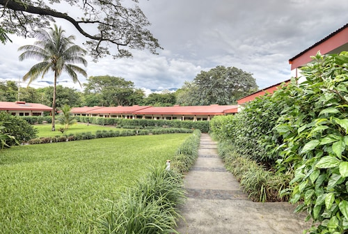 Hotel Hacienda Guachipelin, Liberia
