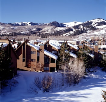 Hotel - Red Pine Condominiums by All Seasons Resort Lodging