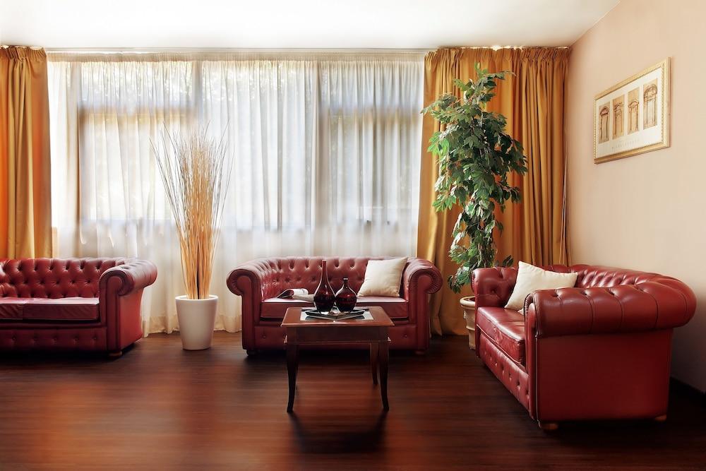 c-hotels Club House Roma