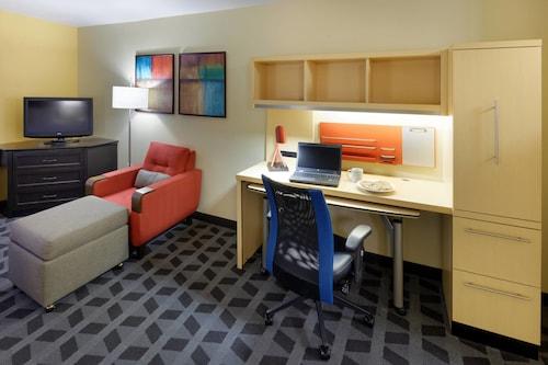 . TownePlace Suites Marriott Joplin
