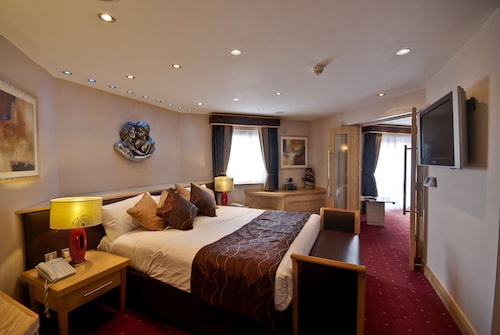 Knowsley - The Suites Hotel & Spa Knowsley - Liverpool by Compass Hospitality - z Wrocławia, 16 kwietnia 2021, 3 noce