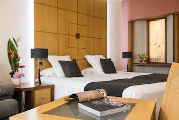 Grand Hotel les Flamants Roses - Guestroom  - #0