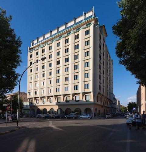 . Hotel Catalunya