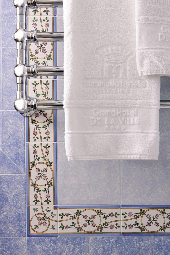 그랜드 호텔 드 라 빌르(Grand Hotel De La Ville) Hotel Image 19 - Bathroom Amenities