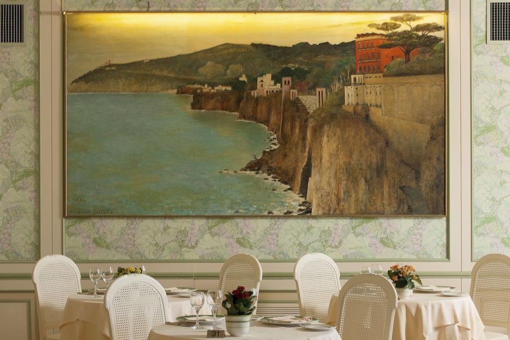 그랜드 호텔 드 라 빌르(Grand Hotel De La Ville) Hotel Image 27 - Restaurant