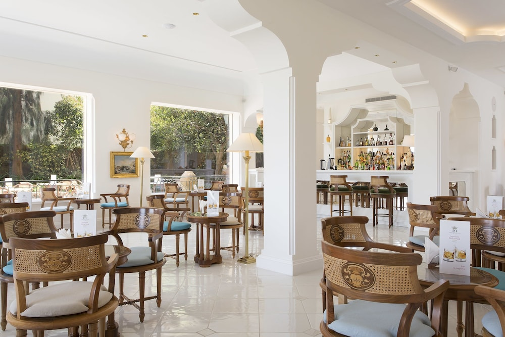 그랜드 호텔 드 라 빌르(Grand Hotel De La Ville) Hotel Image 30 - Restaurant