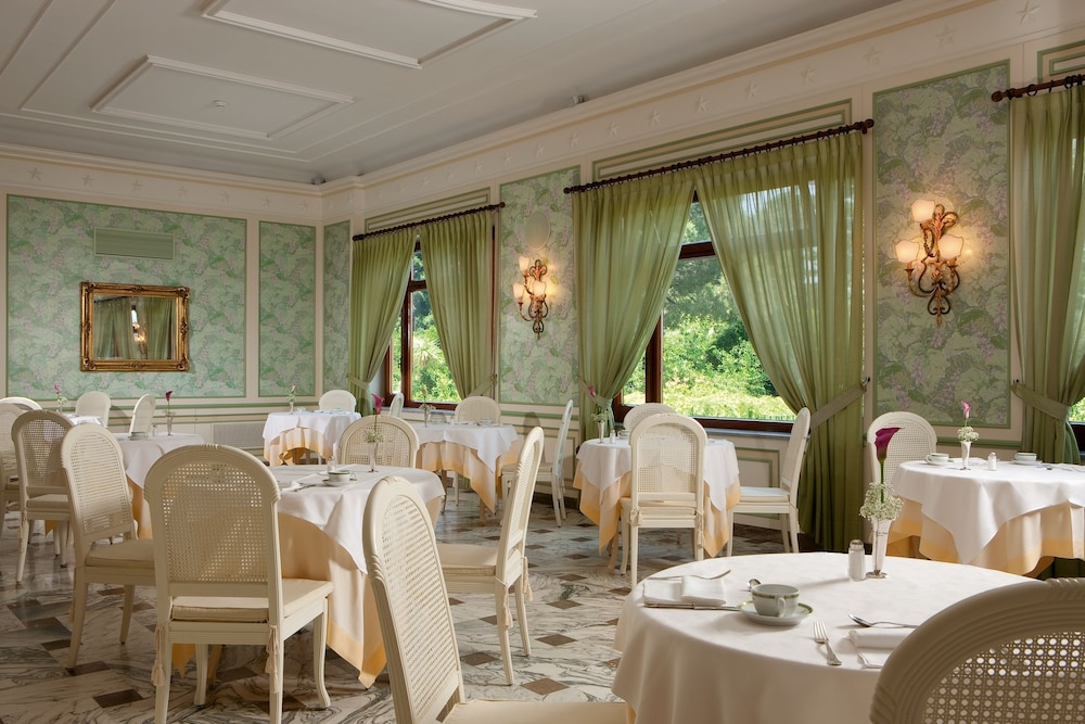 그랜드 호텔 드 라 빌르(Grand Hotel De La Ville) Hotel Image 28 - Restaurant