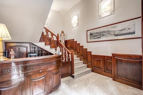Neapol - Hotel Garibaldi - z Krakowa, 2 maja 2021, 3 noce