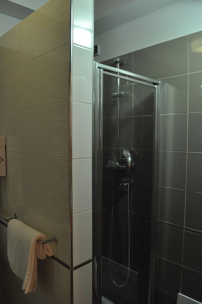 아에르 호텔 펠리페(Aer Hotel Phelipe) Hotel Image 22 - Bathroom