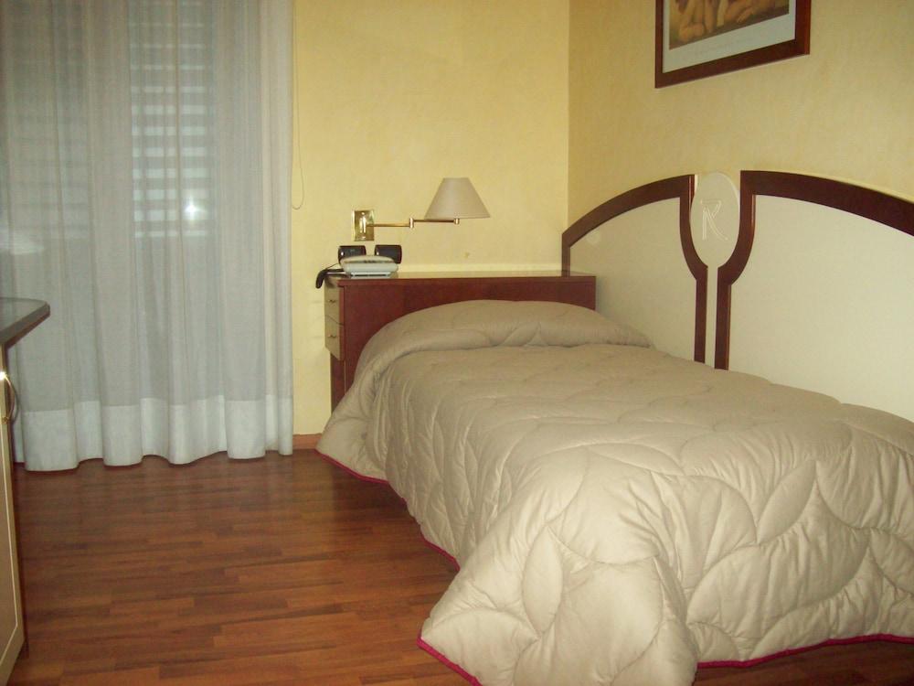 아에르 호텔 펠리페(Aer Hotel Phelipe) Hotel Image 8 - Guestroom