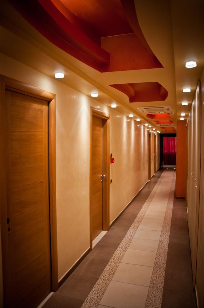 아에르 호텔 펠리페(Aer Hotel Phelipe) Hotel Image 34 - Hallway