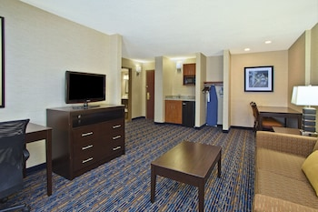 Room, 1 King Bed, Accessible, Non Smoking (Mobility)