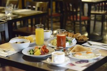 MERCURE HOTEL GINZA TOKYO Breakfast Area