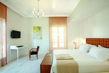 Pallas Guestroom