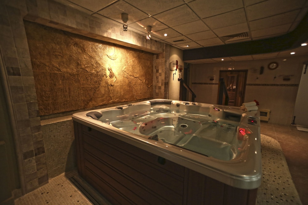 Relaxing Spa