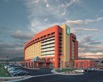 阿爾伯克基希爾頓大使套房飯店 Embassy Suites by Hilton Albuquerque