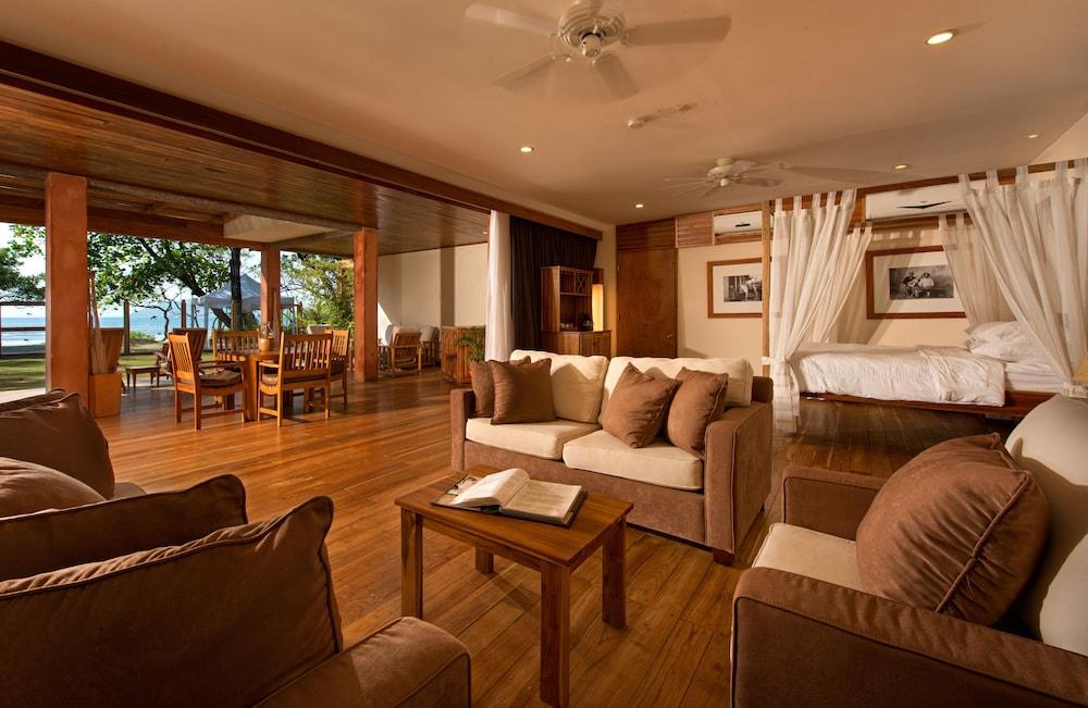 https://i.travelapi.com/hotels/2000000/1150000/1140100/1140010/41f90d97_z.jpg