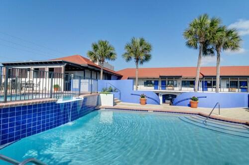 . Beachside Inn