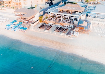 Hotel - Bahia Hotel & Beach House