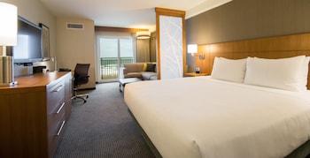Room, 1 King Bed, Oceanfront