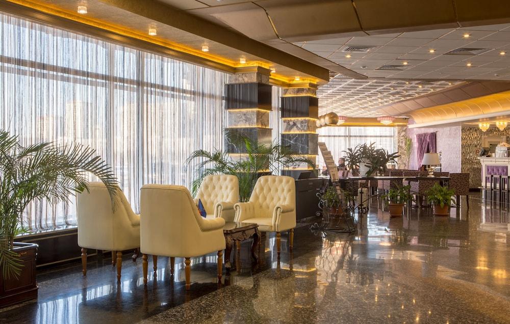 모스크바 호텔 살루트 로비