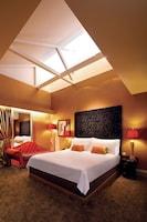 Premium Room (Windows subject to availability)