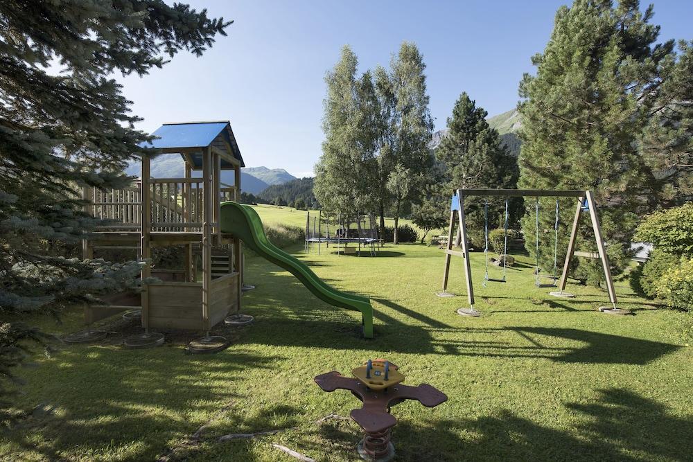 Childrens Area