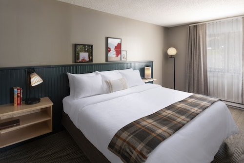 . Roaring Brook Ranch Resort